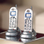 2 TELEPHONES SANS FIL