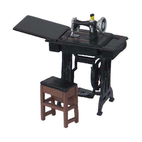 petite machine a coudre 1 24. Black Bedroom Furniture Sets. Home Design Ideas