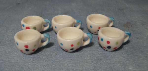LOT DE 6 TASSES DECOREES