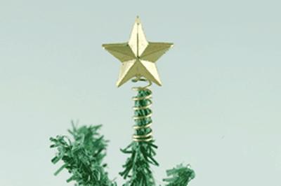 Pointe de sapin dorée