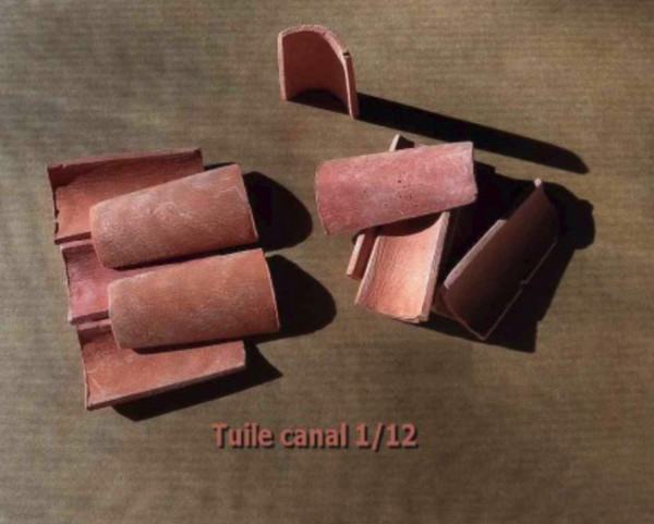 TUILES TYPE CANAL
